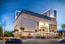 Aldiron Plaza Cinde wins an award in retail
