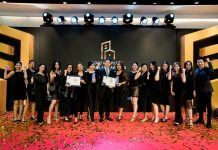 Plus Property Dot Property Thailand Awards 2019 Winning an award