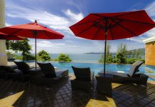 Luxury villa in Phuket overlooking the ocean. Thailand-Property.com