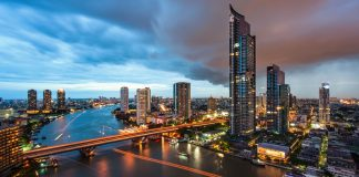 Bangkok riverside condominium The River