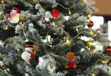 Christmas lighting tips
